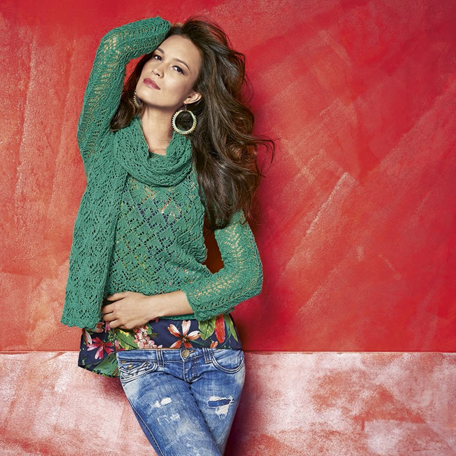Lana Grossa Палантин, выполненный сочетанием ажурных узоров Lace Merino
