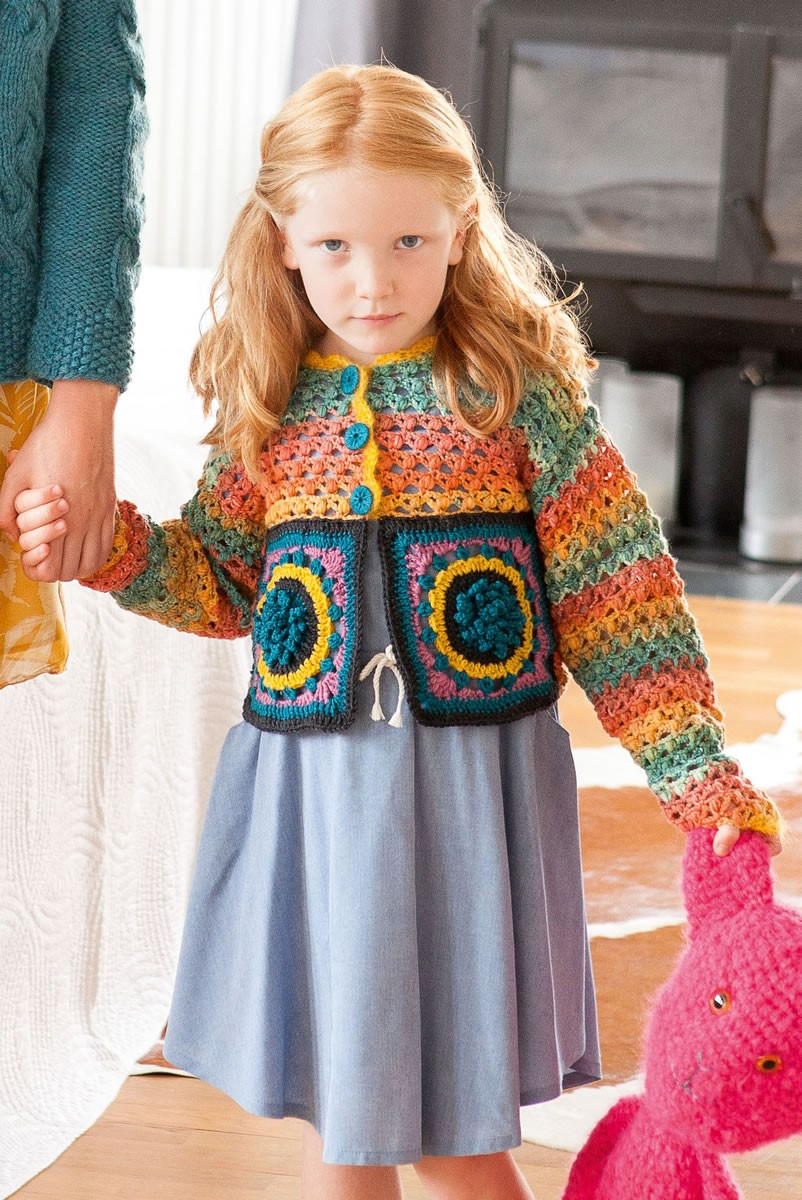 Lana Grossa ДЕТСКИЙ ЖАКЕТ С МОТИВАМИ И УЗОРОМ С ШИШЕЧКАМИ Cool Wool Big Color/Uni/Melange/ Silkhair